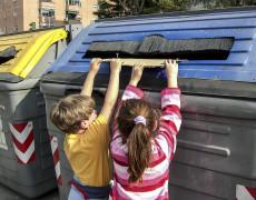 Selektywna zbiórka, segregacja i recykling odpadów